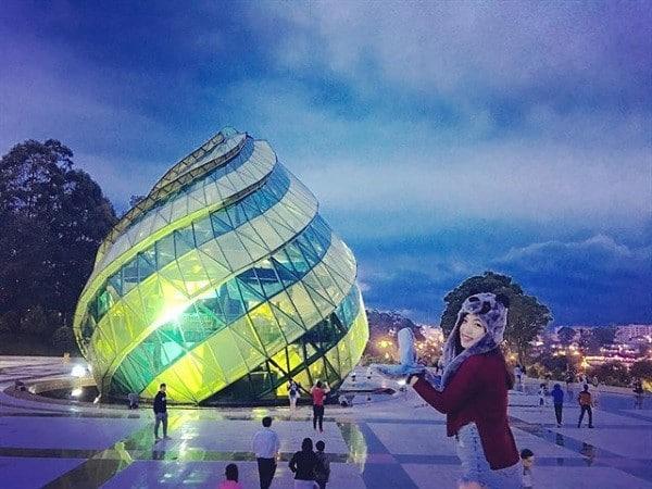 Đến quảng trường Lâm Viên Đà Lạt vào đêm