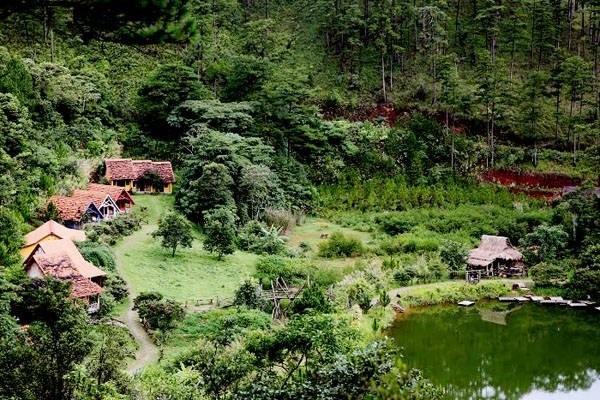 Xứ sở cổ tích ngay tại làng Cù Lần Đà Lạt