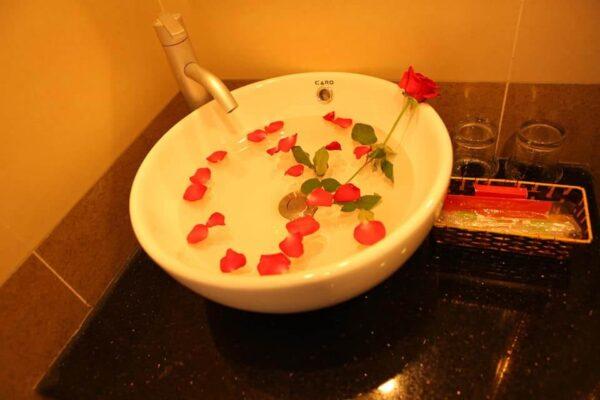 Phòng tắm khách sạn Đà Lạt Luxury