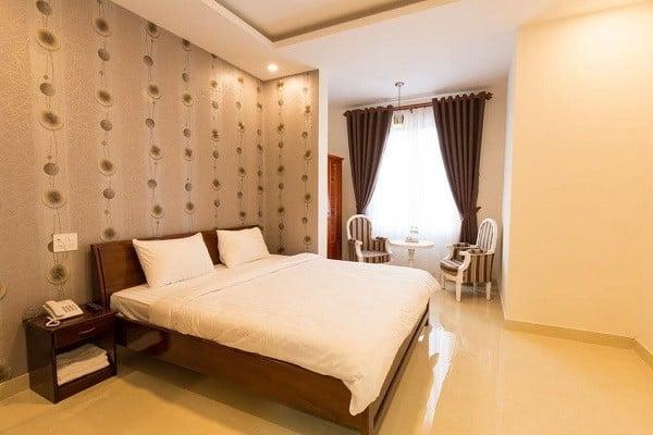 Khách sạn Khách sạn Sơn Thủy 2 gần chợ Đà Lạt giá bình dân