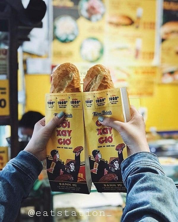 Tiệm Bánh Cối Xay Gió