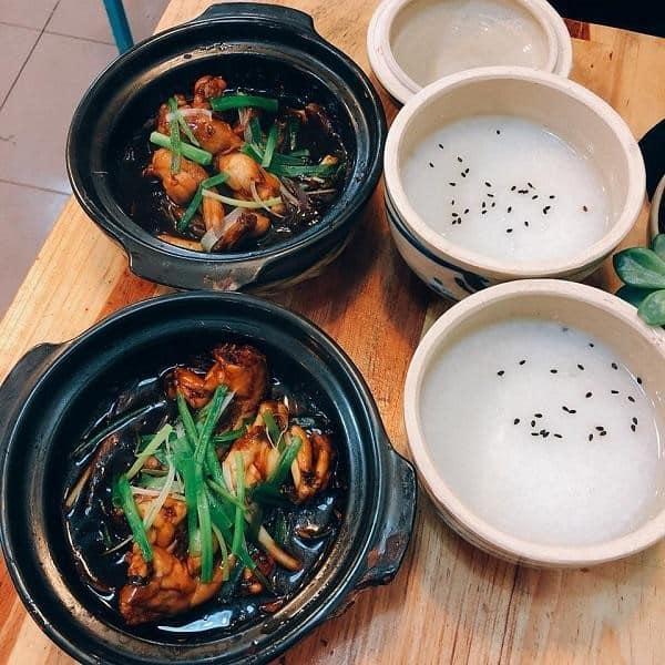 Quán ăn vặt cháo Ếch Singapore 151 ở Đà Lạt