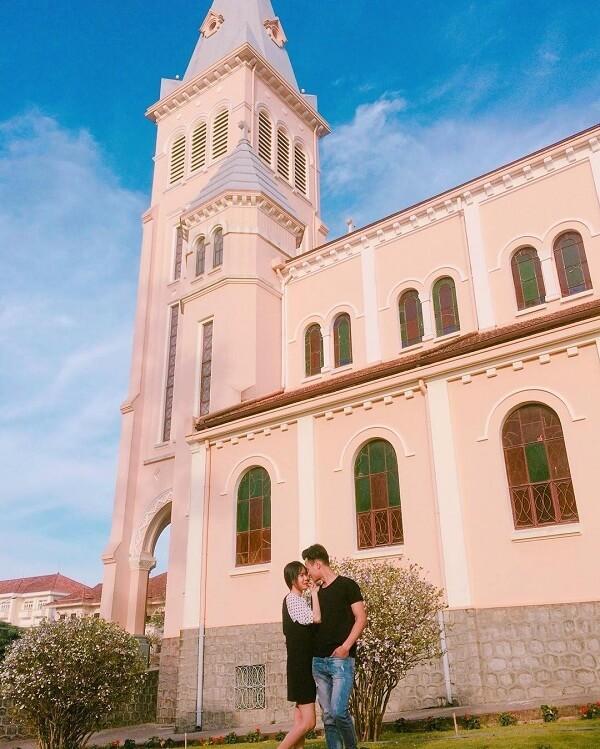 Hình ảnh check-in nhà thờ con gà trống Đà Lạt - Ảnh 1