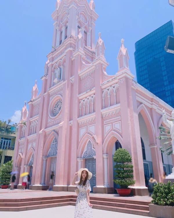 Hình ảnh check-in nhà thờ con gà trống Đà Lạt - Ảnh 6