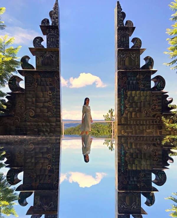 Cổng trời Bali an lành trong nắng