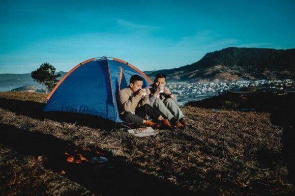 Cắm trại bên thác qua đêm, cảm nhận sự tĩnh lặng