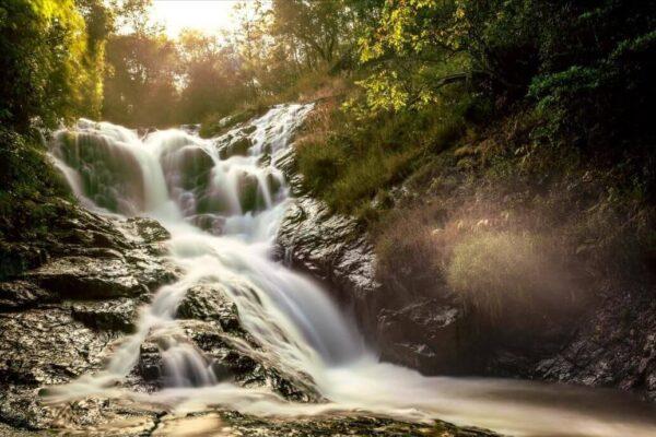 Những câu chuyện về thác Datanla được kể qua nhiều thế hệ - Ảnh 2