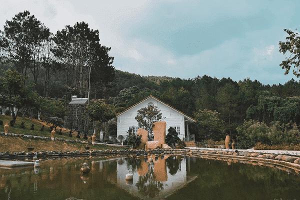 Mặc homestay gần Hồ Tuyền Lâm