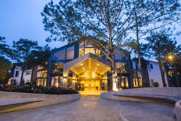 Terracotta Villa gần Hồ Tuyền Lâm
