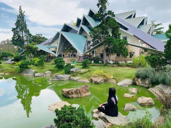 Khu du lịch Lá Phong được khoác lên một tấm áo mới giữa trời Thu