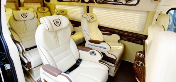 Hoàng Vũ Limousine