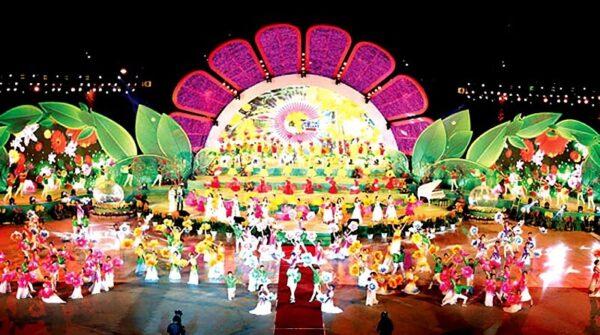 Chương trình lễ hội Festival Hoa Đà Lạt diễn ra hoành tráng vào dịp cuối năm
