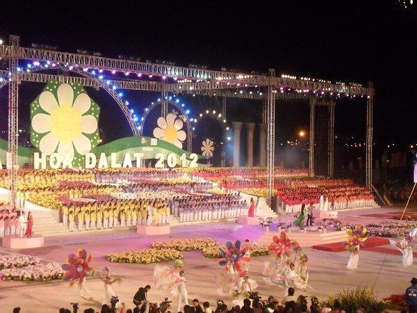 Festival Hoa Đà Lạt 2012 diễn ra chỉ trong 4 ngày