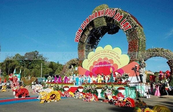 Festival Hoa Đà Lạt trưng bày vô vàng những loài hoa đẹp, lạ mắt cho du khách thỏa thích ngắm nhìn, chiêm ngưỡng