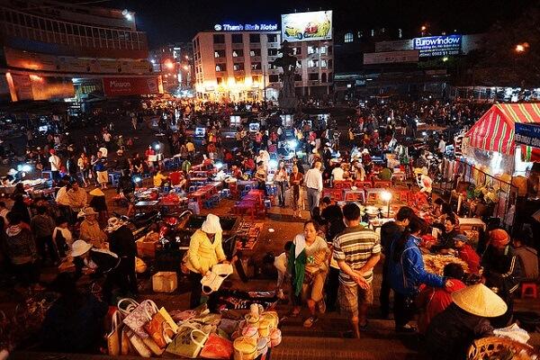 Một góc chợ đêm Đà Lạt
