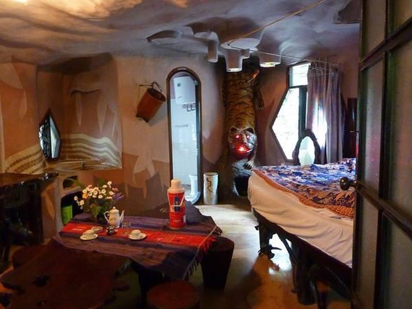 Một căn phòng trong biệt thự Hằng Nga Đà Lạt